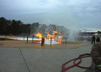 FOAMGLAS in action against LNG pool fire