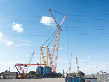 Sarens' biggest crane