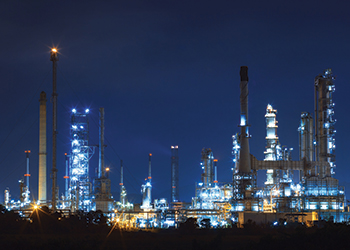 Mammoet won the contract to assist with Riyadh refinery turnaround